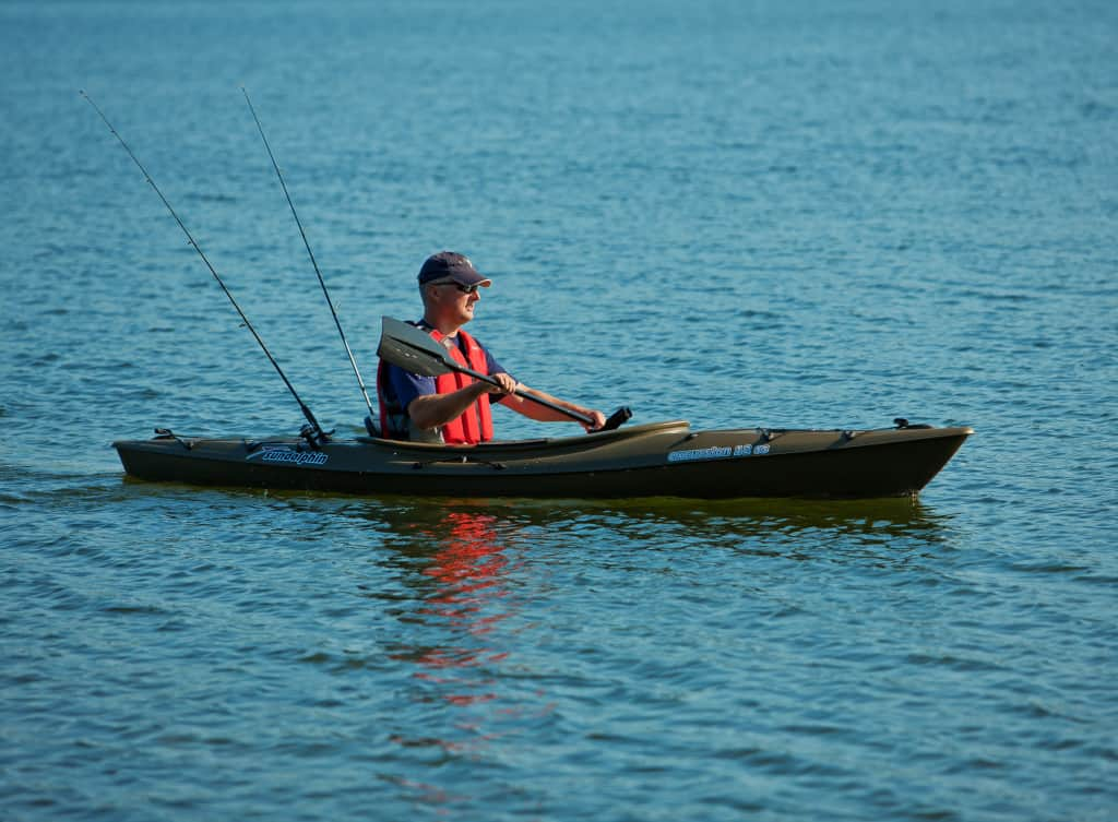 Sun dolphin aruba 12 ss sit in fishing kayak is super fun for Best fishing kayak for the money