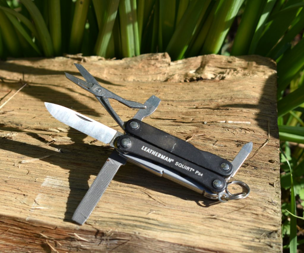Leatherman Squirt PS4 all tools open
